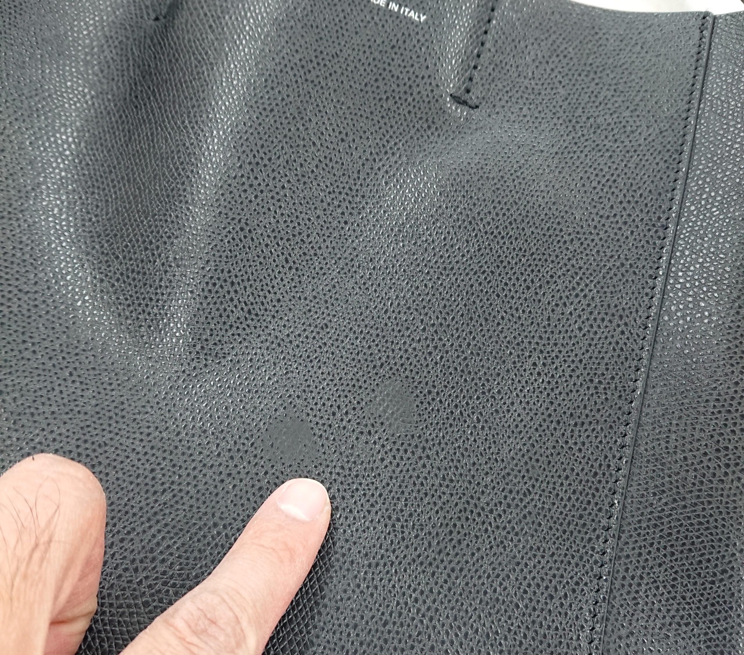 セリーヌ(Ceilne) 黒トートバッグの部分色補修をご紹介