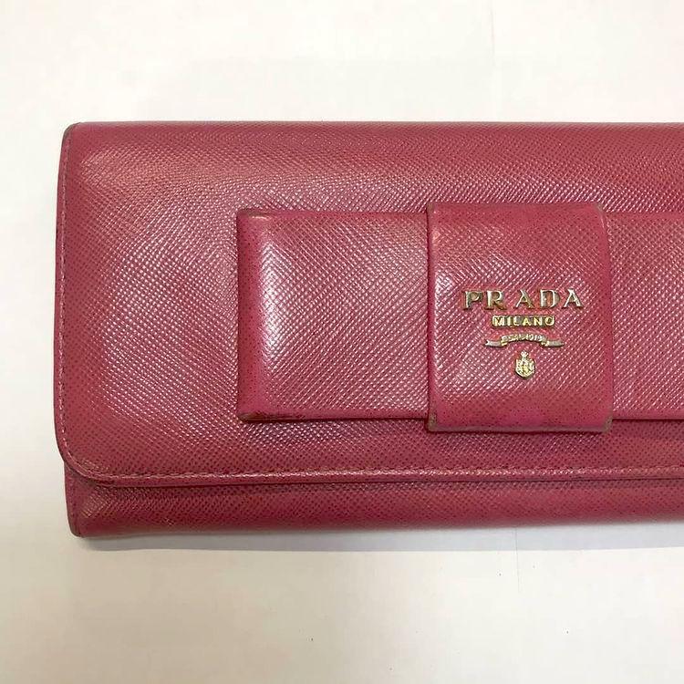 プラダ(Prada) サフィアーノレザーの赤い長財布の色補修